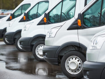 Top 5 Factors to Consider When Buying Commercial Vehicles